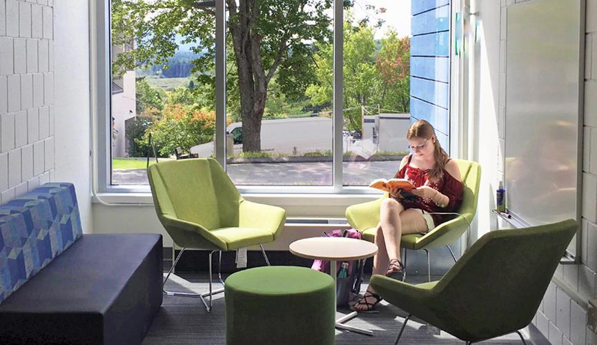 Hawthorne Hall - Pocket Lounge